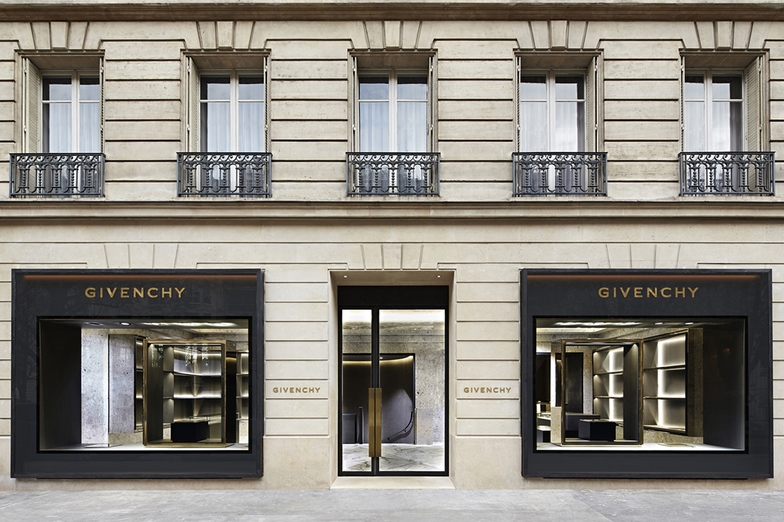 GIVENCHY AVENUE MONTAIGNE - WOMEN - PARIS