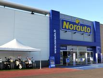 norauto chambourcy centre commercial carrefour garage chambourcy centre auto chambourcy. Black Bedroom Furniture Sets. Home Design Ideas